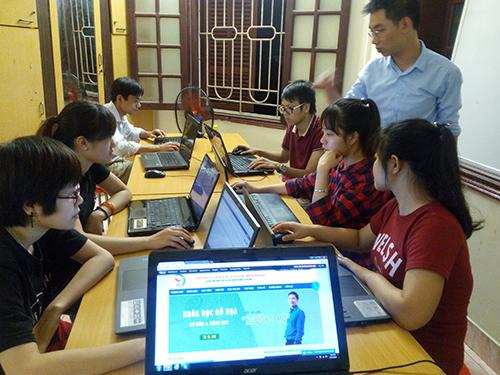 Lớp học photoshop thầy Dương tại lục nam